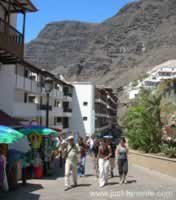 Los Gigantes Access to Beach