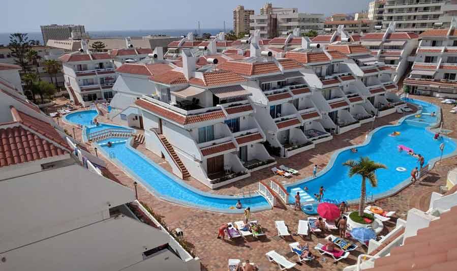 Las Floritas Apartments Swimming Pool