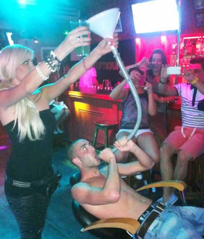 ALYSON: Tenerife sex club